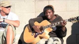Download Amazing Venice Beach Homeless Girl on Guitar ″Voices in the Sand″ Video