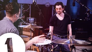 Download Arctic Monkeys – I Bet You Look Good On The Dancefloor live at Maida Vale Video