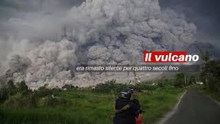 Download Vulcano in eruzione: esplode Sinabung in Indonesia (video) - Notizie.it Video
