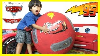 Download GIANT Lightning McQueen Egg Surprise with 100+ Disney Cars Toys Video
