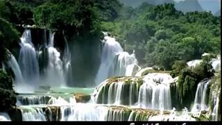 Download Beautiful scenery in GuangXi, China Video