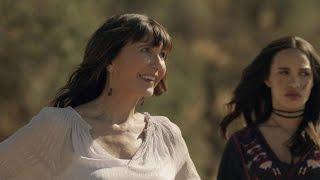Download Season 3 Episode 4: Five Hoda Kotbs Video