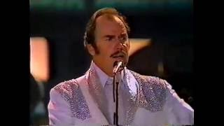 Download Slim Whitman Sings China doll / Indian love Call (Ireland) Video