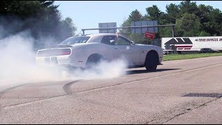 Download LOUD Accelerations and Burnouts Leaving Cars & Coffee Video