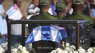 Download Cuba: fra rimpianto per la mosrte di Fidel e paura del futuro Video