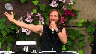 Download Tomorrowland 2013 - David Guetta Video