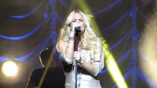Download Carrie Underwood - INXS Cover of Never Tear Us Apart (Live at Sydney Opera House) 02/07/12 Video
