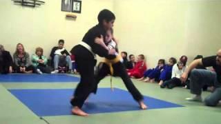 Download 8 year old girl from West Hartford CT wins Brazilian Jiu-Jitsu tournament (final match) Video
