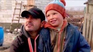 Download Bogdan Tănasă, iniţiatorul proiectului umanitar Casa Share, la Poveste după poveste, pe TVR1 Video