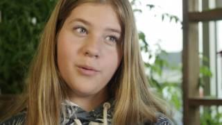 Download VOX POP - Comment les jeunes rêvent la science? Video
