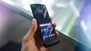 Download 2020 Moto RAZR Impressions! The Return of a Folding Icon! Video