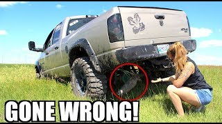 Download GIRLFRIEND MUDDING IN MY LIFTED TRUCK *GONE WRONG!* Video