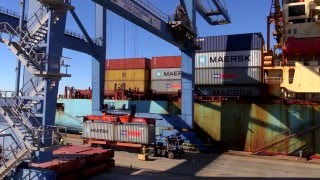 Download South Carolina Ports Wando Welch Terminal on Charleston Harbor Video