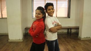 Download Tum Bin 2: Ki Kariye Nachna Aaonda Nahin |Hardy Sandhu, Neha Kakkar, ft. YOGYA & RAJAT. Video