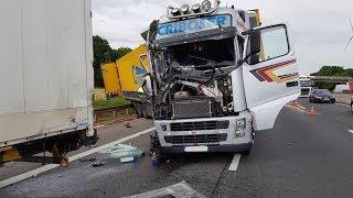 Download Stauende: Schwerer LKW-Unfall auf A7 bei Kassel 15.05.2018 Video