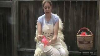 Download Funhouse Fibers presents: ″Spinning silk hankies″ Video
