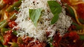 Download Buddy Valastro's Pasta with Tomatoes and Green Beans Video
