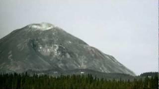 Download Mount St. Helens Disintegrates in Enormous Landslide Video