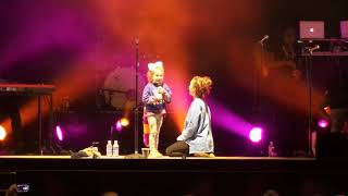 Download Lauren Daigle brings up a super cute 6 year old girl Video