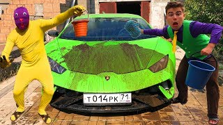 Download Yellow Man smeared with Dirt Car VS Mr. Joe on Dirty Lamborghini Huracan in CAR WASH Video