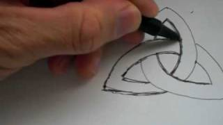 Download How To Draw The Ancient Celtic Symbol ″TRIQUETRA″ Video