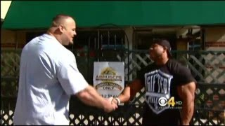 Download Meeting of Phil Heath and Brian Shaw Video