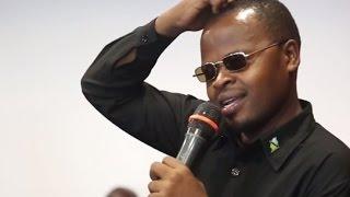 Download Jamaa kaigilizia sauti ya Jakaya Kikwete mpaka Watu wakacheka Video