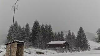Download Maltempo, arrivano i primi fiocchi sul monte Livata Video