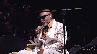 Download Koffi Olomide - Le LIVE Video