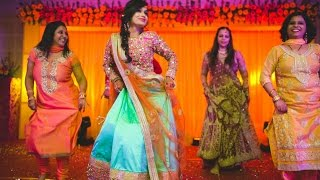 Download Sangeet dance performance: Bride's surprise entry sets the stage on fire in Indian wedding 2016 Video