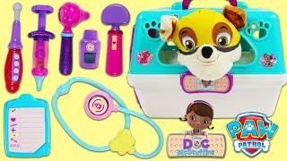 Download PAW PATROL Super Pup Rubble Visits Disney Jr Doc McStuffins Pet Vet Toy Hospital for a Check Up! Video