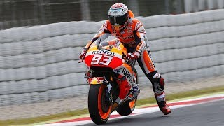 Download The Leg Dangle EXPLAINED - Why do Moto GP racers wave their leg when going into corners? Video