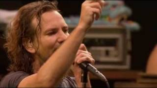 Download Pearl Jam - Yellow Ledbetter (live) Video