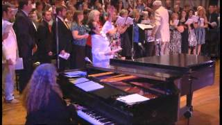 Download Farther Along-Stamps-Baxter Choir with Allison Speer Video