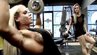 Download Shoulders & Legs with Larissa Reis Video