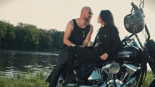 Download Trupa Zero feat Evelyn - Pentru Totdeauna Video