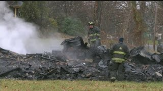 Download Youngstown firefighter shot after fighting vacant house fire Video