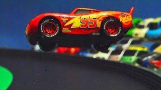 Download Movie Cars 3 : McQueen's Crash Scene Reenactment - StopMotion Video