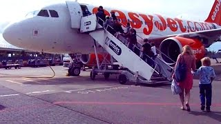 Download Flying in Europe is INCREDIBLY CHEAP! My Flight from Amsterdam to Lisbon Video