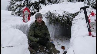Download Zimowy survival - schronienie w śniegu. Okop śnieżny Video