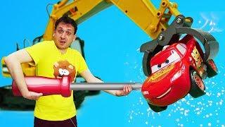 Download Giocattoli a scuola. McQueen e Robocars al lavoro. Video e giochi per bambini Video