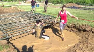 Download Maniacs tackle dirt, dust, mud and fire at Rugged Maniac Video