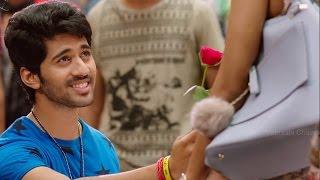 Download Anisha Slaps Viswant after Love Proposal - Manamantha - Mohanlal, Gautami || Chandra Sekhar Yeleti Video