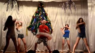 Download 11 В Новый год Video