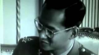 Download Thai king speaking French Video