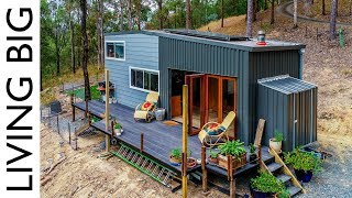 Download Spacious DIY Off-The-Grid Tiny House Video