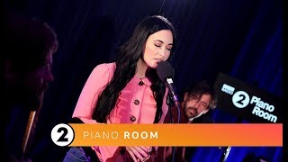 Download Kacey Musgraves - Somewhere Only We Know (Radio 2 Piano Room) Video