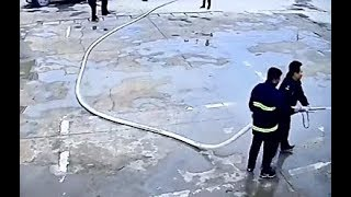 Download TOTAL IDIOTS AT WORK COMPILATION Video