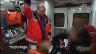 Download 24h mit der Feuerwehr Hamburg im Rettungsdienst Teil 1/2 Video