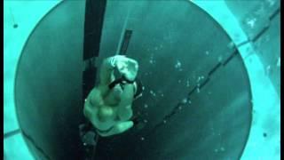 Download Тренировки апноэ в самом глубоком бассейне мира - Y-40 The Deep Joy - The deepest pool in the world Video